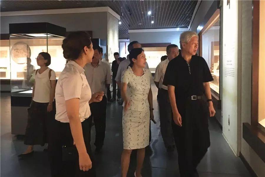 镇江旅游景点_朝鲜人民的真实收入_镇江旅游收入