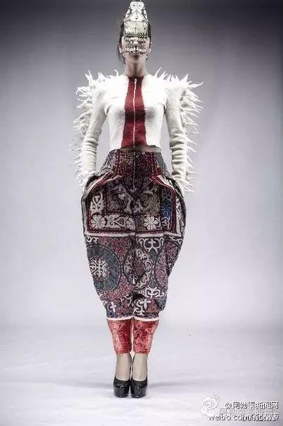 哈萨克族刺绣做成的时装,简直太炫了