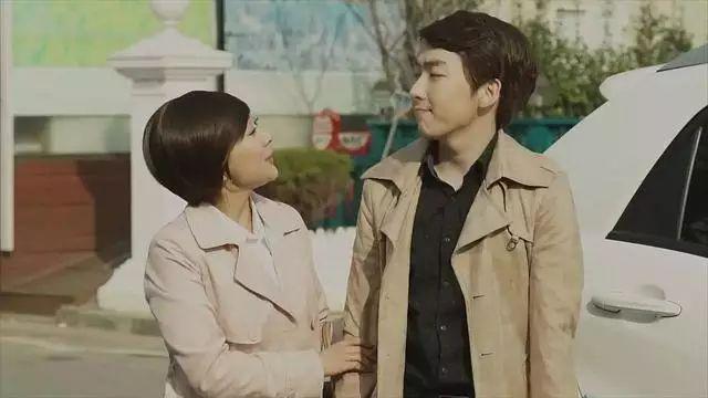 图解韩国v妈妈级妈妈《我电影的手机》电影朋友观八哥图片