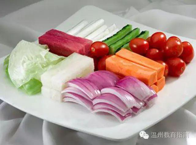 富含维生素C的水果蔬菜摄入量如果食物中缺碘也会造成心理紧张,